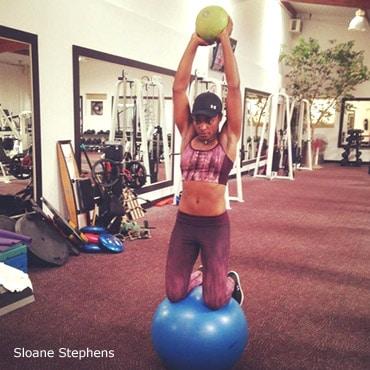 esercizi su fitball e tavolette equilibrio sono utili per migliorare l' equilibrio il bilanciamento la propriocezione
