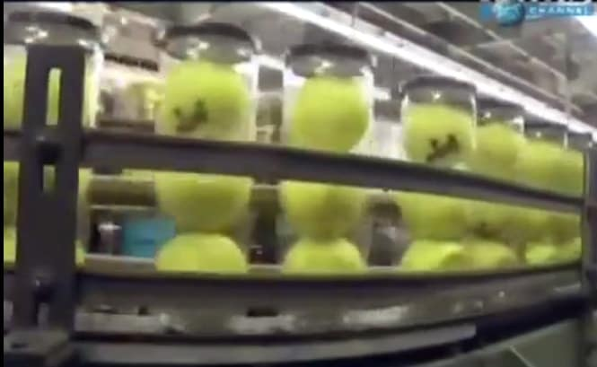 fabbrica produzione palline tennis