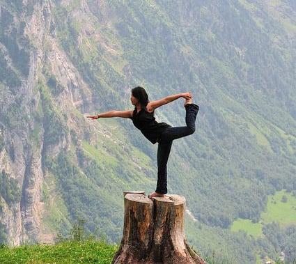 equilibrio, bilanciamento, propriocezione, riflessologia plantare, massaggio piedi, tavoletta equilibrio, semisfere massaggio, pallina sensoriale, postura equilibrio