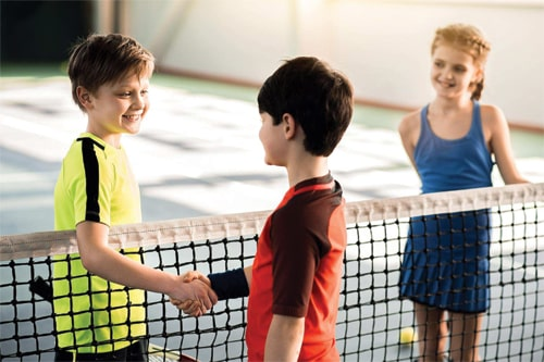 bambini tennis sport amicizia valori