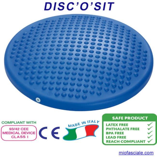 DISC'O'SIT, il disco sit è un cuscino gonfiabile da utilizzare nella sedia per una seduta dinamica, nell'allenamento per migliorare l'equilibrio, come prevenzione dell'infortunio e nella riabilitazione di ginocchio e caviglia