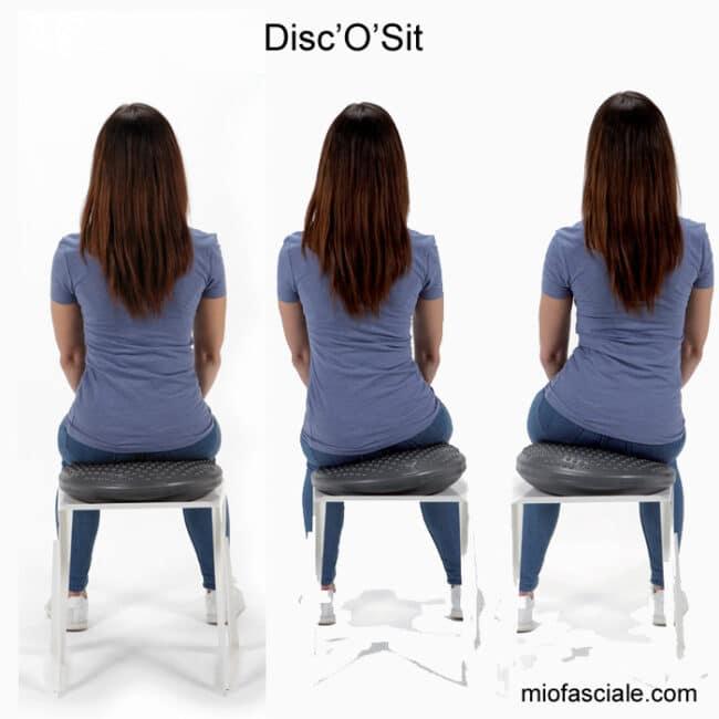 esercizi di mobilizzazione bacino da seduto con il disco sit, gymnic