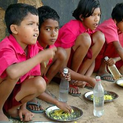 bambini, squat seduti